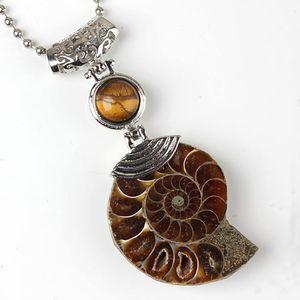 Vente en gros 10 pcs argent plaqué ammonite reliquiae avec perles rondes pendentif Beaucoup Couleur Quartz Pierre Bijoux Style ethnique