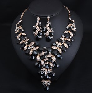 Charming Blue Green Black Pink Crystals Jewelry 2 Pieces Sets Necklace Earrings Bridal Jewelry Bridal Accessories Wedding Jewelry T227363