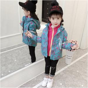 Bambini di marca del progettista delle ragazze Windbreaker Coat Childrens peluche Fashion Casual Jacket con cappuccio Graffiti Stampa di nuovo stile 2019 autunno per i bambini