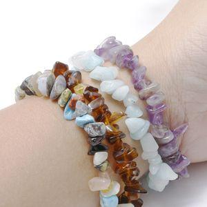 Mixed Gemstone Chakra Bracelet Moda Presente do amante Cura Natural Cristal Sodalita Chip Gemstone 18 centímetros pulseira trecho Natural