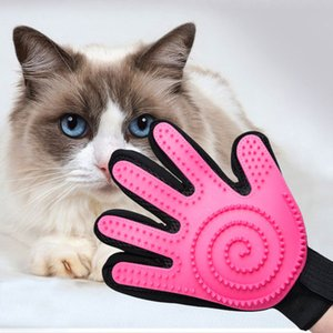 2020 pet brush glove pet grooming glove dog cat bath brush glove closer to pet