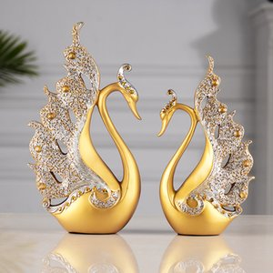Top Designer Arts Crafts Golden couple Swan Resin Living Room Home Decoration Wedding Gifts Business Wine Cabinet Decoration Handicraft
