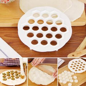 Пищевой Pp 19 отверстий Пельмени Maker Mold Diy Кондитерские инструменты Jiaozi Machine Тесто Пресс Ravioli Maker Mold Кухня Инструмент