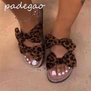 2019 bayan ayakkabıları yaz sandalet leopar yay düz süet rahat moda plaj ayakkabı kadın terlik A260
