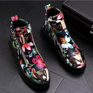 2019High качество мужская мода высокий топ британский стиль вышивка обувь мужская причинно роскошные обувь красное золото мужской нижней резиновые туфли S243