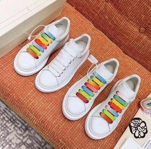 Marca de diseñador Crystle Sole Cushion Cuero genuino Vintage Sneakers Moda de lujo Triple Plataforma blanca con cordones Zapatos casuales H4
