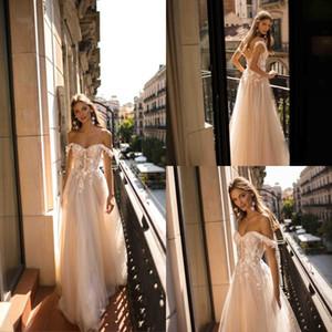2019 Sexy Nueva Berta Boho Vestidos de novia Una línea fuera del hombro Vestidos de novia Vestidos de novia personalizados sin respaldo de encaje
