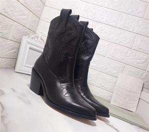 Últimas Calçados Femininos ocidental Cowboy Couro Botas bordado botas de inverno com puros saltos pretos Chunky Outdoor Chaussures