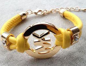 2019 modelli di esplosione braccialetto europeo ed americano braccialetto di moda femminile gioielli braccialetto moda intrecciata a forma di K braccialetto666 intrecciato