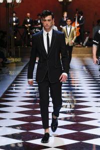 Fashion Runway GroomsMen Notch PerléPépouts Perles Broom Tuxedos Black Hommes Costumes Mariage / PROM Best Homme Blazer (veste + pantalon + cravate)