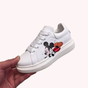 2020 new designer luxury series outdoor leather brand waterproof children's shoes, solid color pattern children's casual shoes, soft and com