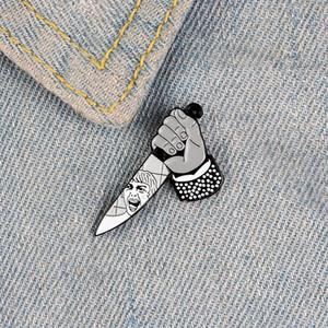 Tenendo spille pin coltello smalto per le donne Gridare volto distintivo torsione psicologica spilla vestiti zaino regalo gioielli per amico