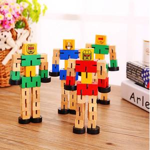 15cm / 6inches della novità di legno del robot giocattolo d'apprendimento di trasformazione di legno variopinto comune Spostato deformazione robot giocattoli educativi in modo casuale