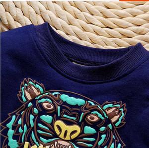 3colors 2019 새로운 가을 베이비 의류 세트 2PC 맞는 0-4years 라운드 넥 베이비 셔츠 + 바지 100 % 코튼 베이비 소년 소녀 Tracksuits 6set / DD