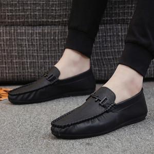 Yeni Stil Erkek Çizgili Bean Yumuşak Leathe Tembel ayakkabı Şık Casual Deri Ayakkabı Erkek Ayakkabı Ayakkabı