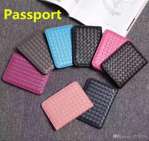 8 colori classici Tessitura progettista del cuoio genuino Holder raccoglitore del passaporto Holder unisex della carta di credito del passaporto di copertura ID Card Case for Travel