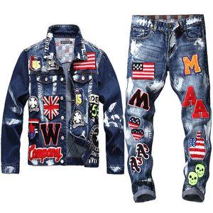 Nakış Yama Tasarım Ceket Kot 2 Adet Set Erkek Çok rozeti Kafatası Jeans İnce Denim Ceket + Bayrak Badge Boya Jeans ayarlar