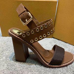 Sandali gladiatore scarpe rivetto sandali delle donne di colore marrone bianco italiano moda sexy estreme tacchi alti delle donne 2020