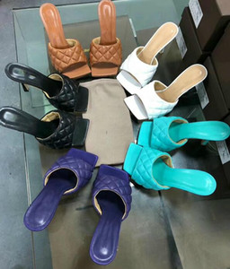 Últimos chinelos de couro fosco de couro fosco sapatos quadrados - boca, mulheres abertas mulheres escotadores de salto alto 10 cm