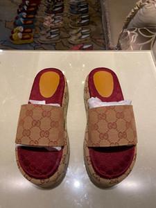 Gucci flip flop Письма Женщины progettista Сандалии лето капер Клин высокой пятки Platform Sandal дамы Слайд Трусы парирует флип-флоп Luxe пляж обувь