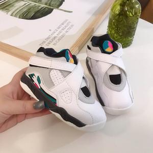 2020 J8 aria esterna volo ragazzino scarpe da basket della ragazza dei bambini giovani ragazzo di sport che funziona stivali basket dimensione della scarpa da tennis 28-35
