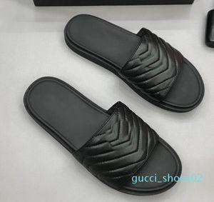 Marca New Mens ouro metal plana sandálias de couro genuíno Beach Party Outdoor Preto chinelo Sapatos 38-44 01d G02