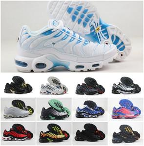2020 hommes tn, plus SE chaussures de course triple blanc Requin bleu Hyper noir peinture en aérosol cri perçant hommes verts formateur de baskets de sport de coureur