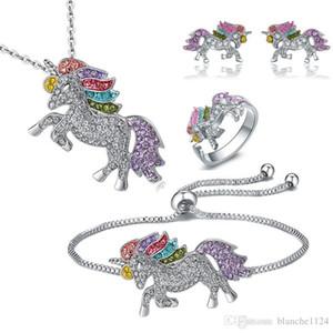 4pcs / lot Licorne Collier Bracelet Boucle D'oreille Stud Bijoux Ensembles 925 Argent Diamant Coloré Poney Pendentifs Accessoires En Gros