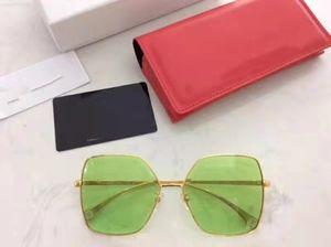 Novo designer de moda retro C óculos letras de luxo homens e mulheres óculos de sol original único óculos de sol quadro pentágono com top box UV400