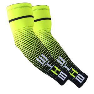 Enfriar 1PAIR hombres que completan Ejecución de protección solar UV Cubierta de banda para el brazo protector bici de la manga del brazo del deporte calentadores mangas