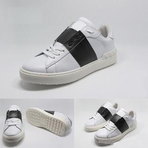 2019 Hommes Femmes Mode Chaussures Designer Luxe Mode Snake Skin Designer Shoes de luxe Royaume-Uni Triple Noir Blanc réfléchissant Grean Sneakers