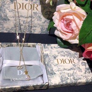 joyas de diseño de lujo de las mujeres collares 26 letras collares colgante cadena de oro de alta gama de alta calidad elegante collar con el alfabeto z000052