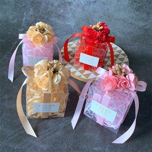 Caso de boda regalos de la caja del caramelo de PVC transparente cuadrado con flor decorativa simulado Azúcar de almacenamiento para el partido Organizador Suministros 1 19:00 E1