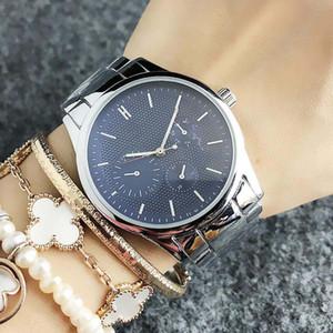 Marque de mode montre-bracelet pour fille 3 de style Dials de quartz de bande métallique en acier des femmes montres TOM 14