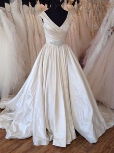 2020 Modest V neck Real Photo Wedding Dresses A line Satin Cap Short Sleeves Ruched Crystal Court Train Wedding Bridal Gowns Cheap New