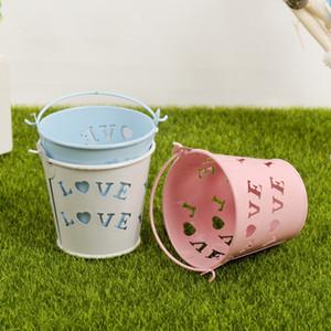 Wedding Bomboniera Casy Box Hollow Love Heart Secchio con maniglie Mini metallo Scatole regalo di cioccolato in metallo Decorazione del partito di nozze