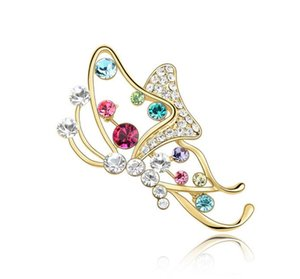 Free shipping fashion jewelry Using Swarovski Elemental Crystal Brooch Elegant Butterfly High-end apparel Adornment pin girl Brooches Pins