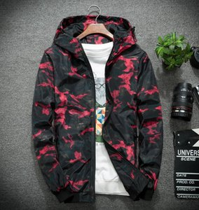 2020 New Arrival Mens Stylist Jacket Hoodie New Hooded Trench Coat Mens Stylist Camouflage Print Coat Size M-4XL