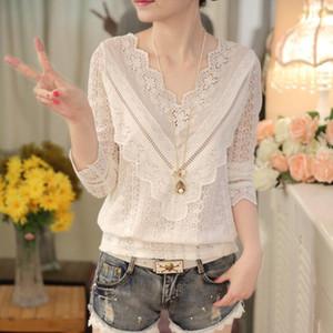 vente chaude Hot nouvelle arrivée printemps et en automne coréenne femmes mode chemisier col V à manches longues en dentelle mince chemise femme 63C 30