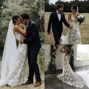 Country Style Bohemian Lace Wedding Dresses Spaghetti Straps 2020 Sexy Backless Sheath Bridal Gowns Boho Court Train Robes De Mariee AL6468