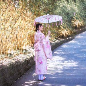 Giapponese Yukata tradizionale per le donne Retro Florao Sakura rosa kimono Cerimonia di abbigliamento delle donne Fiore Haori Vintage