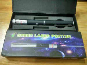 Grüner Laserpointer 2 in 1 Stern Kappe Muster 532nm 5mw Grüner Laserpointer Mit Sternkopf Laser Kaleidoskop Licht mit Paket FREIES SCHIFF