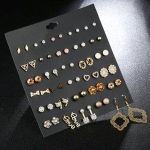 30 пар Издание Письмо Triangle Сочетание Перл серьги Женщины моды Простой Алмазный циркон сплав Серьги