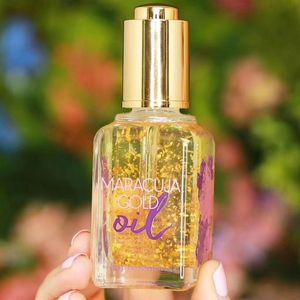 Hot New Cosmetic Maracuja Золото Нефть 50ML кожи Повышение Essential Serum Натуральный Увлажняющий Golden Face Увлажняющий Primer геля Бесплатная доставка
