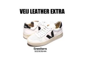 Ins modelli esplosione francese a forma di V classica piccola lavagna scarpe semplici modelli selvatici di fascia alta sistema di colore principale tutto nella vendita calda