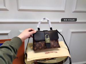 Las mujeres de los bolsos de la venta suave vaca botón Ancho de viajes totalizadores metal de primera mano los regalos de Precios envío