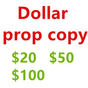 Kağıt oyuncakları Nisan bir sahne 20 $, 50 $, 100 $ ve arkadaşlarını kandırmak için Euro her türlü kullanır