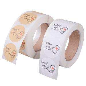 500PCS / Lot 1-дюймовый круглый Kraft Paper Thank You Hand Made With Love с красным сердцем наклейки писчебумажных школа питания