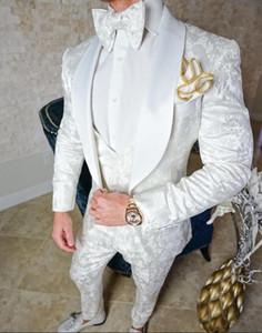 White Harringbone Tuxedos de boda para trajes de hombre Slim Fit Shawl Lapel Novio Formal Prom Print hombre trajes (chaqueta + pantalones + chaleco + arco)