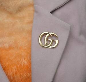 Weitere Stile Marke Buchstaben Channl Brosche Pins Doppelschichten Kristall Perle Emaille Corsage Classic Letters Broschen Schal Schnalle